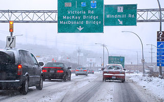 Driving in winter in Halifax By Elmuzzerino (Own work) [Public domain], via Wikimedia Commons