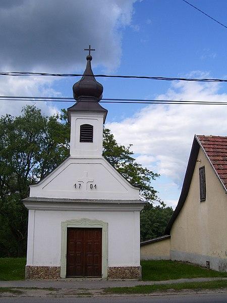 File:Dunabogdány - Szent Rókus kápolna.jpg