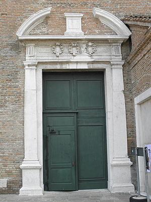 Chioggia Cathedral - Image: Duomo, portal on Rione Duomo (Chioggia)