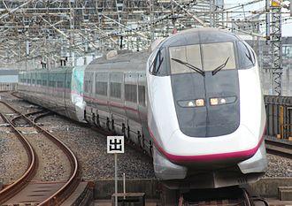 E3 Series Shinkansen - Set R18 coupled to an E5 series set in June 2013