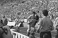 EK voetbal in West Duitsland Engeland tegen Nederland 1-3 Ruud Gullit tilt Ma, Bestanddeelnr 934-2660.jpg