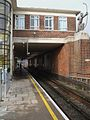 East Finchley stn southbound through platform look north.JPG