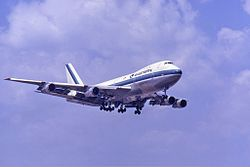 Eastern Air Lines Boeing 747-100 Groves.jpg