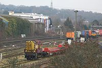 Eastleigh East Yard - DBS 08904 and class 66.JPG