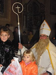 https://upload.wikimedia.org/wikipedia/commons/thumb/d/d8/Ecka_Mikulas-children.jpg/220px-Ecka_Mikulas-children.jpg