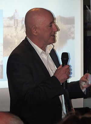 Eddie Hughes (Australian politician) - Eddie Hughes speaks at an event in Hindmarsh, South Australia 2016