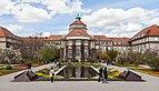 Edificio principal, Jardín Botánico, Múnich, Alemania 2012-04-21, DD 06.JPG