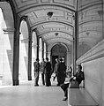 Een arcade bij de Sorbonne, Bestanddeelnr 254-2117.jpg
