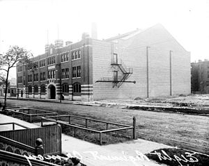 Eighth Regiment Armory (Chicago)