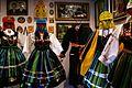 Ekspozycja dot. stroju ludowego. Galeria Staroci i Pamiątek Regionalnych - Lipce Reymontowskie - 001090c.jpg