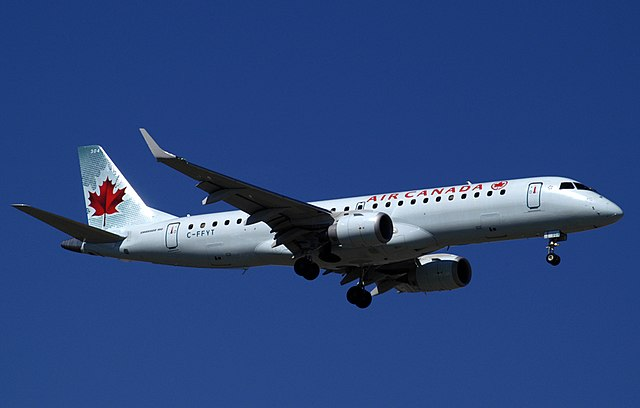 Air Canada By Brianto at en.wikipedia (Transferred from en.wikipedia) [CC BY-SA 2.0 (https://creativecommons.org/licenses/by-sa/2.0)], from Wikimedia Commons