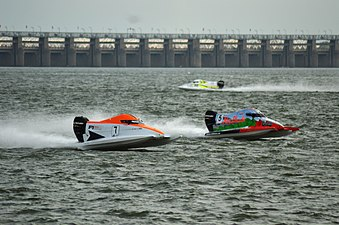 Emirates Racing and Abu Dhabi team's boats (F1H2O Amaravathi).jpg