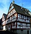 Enkirch – Fachwerkhaus Sponheimer Straße-Ecke Priesterstraße - panoramio.jpg