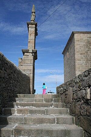 Virxe da Barca sanctuary - Image: Escaleiras no Santuario da Virxe da Barca, Muxía, Galiza