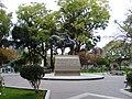 Estatua ecuestre del Mariscal Sucre.jpg