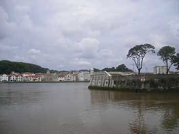Bayonne - estuary of Nive River