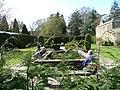 Falkland Palace gardens - panoramio.jpg