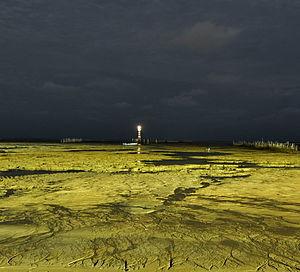 Farol-ponta-verde-noturna