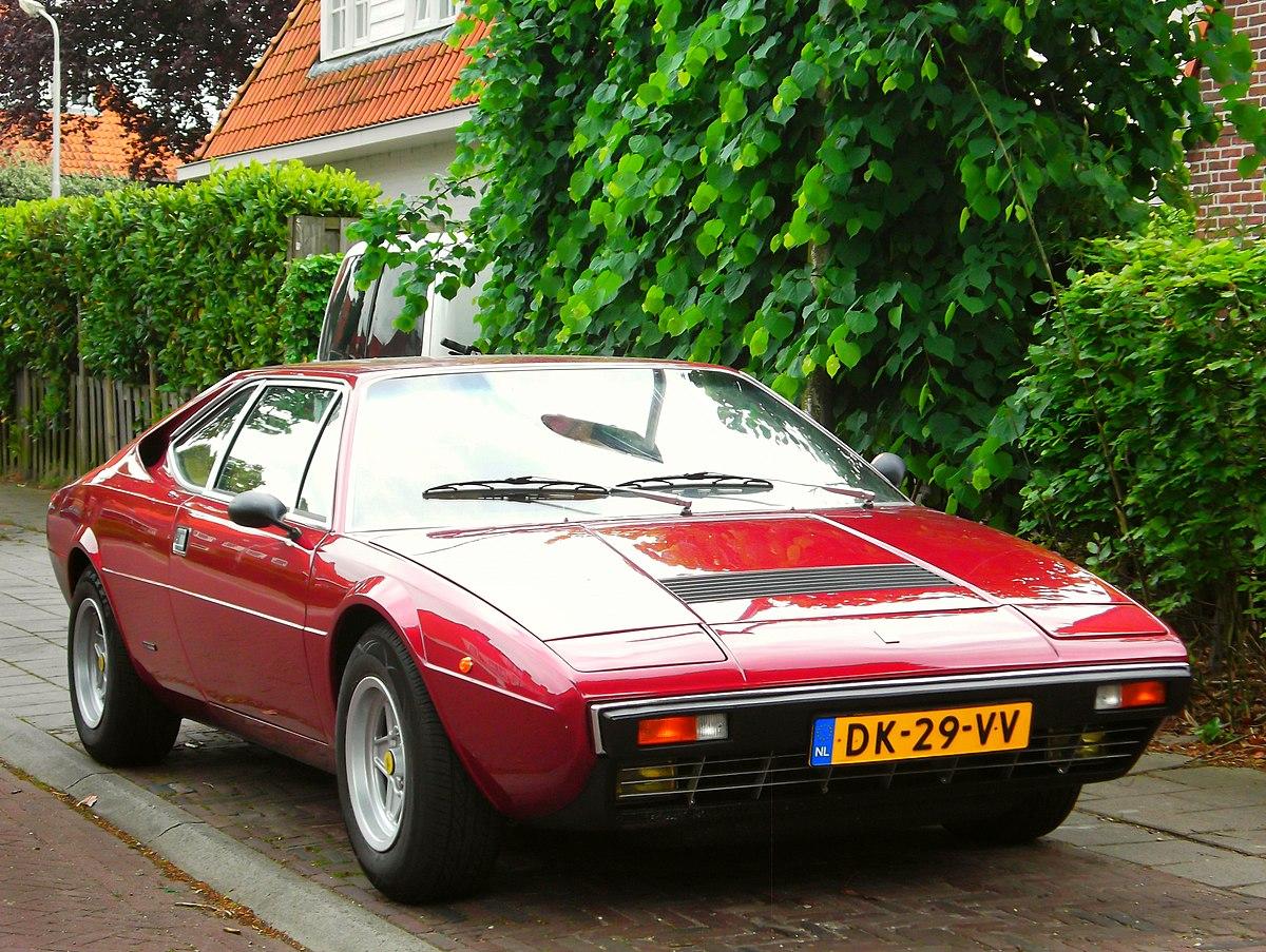 Ferrari 308 GT4 (40210308920).jpg