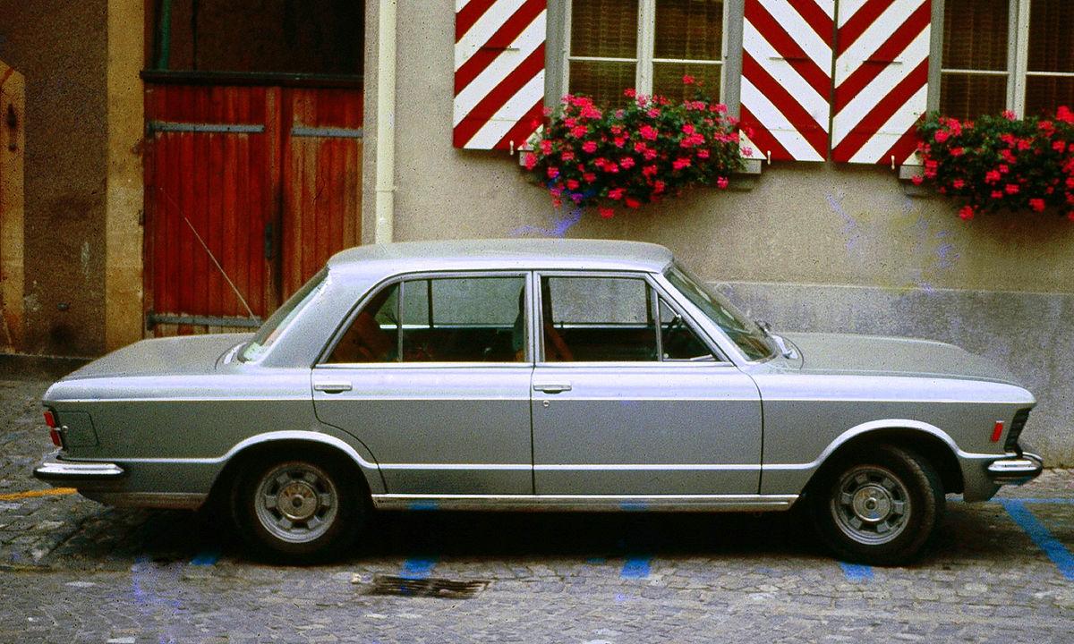 Fiat 124 Spyder >> Fiat 130 — Wikipédia
