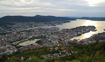 How to get to Bergen with public transit - About the place