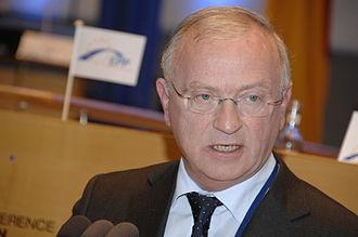 Luc Van den Brande - Image: Flickr europeanpeoplesparty EPP Congress Bonn (630)