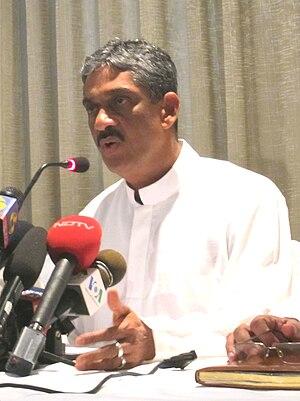 Sarath Fonseka - Fonseka at a press conference