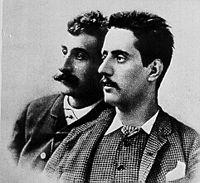 Giacomo Puccini col suo primo librettista, Ferdinando Fontana, intorno al 1885