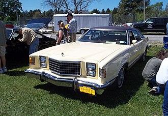Ford LTD II - Image: Ford LTD II sedan