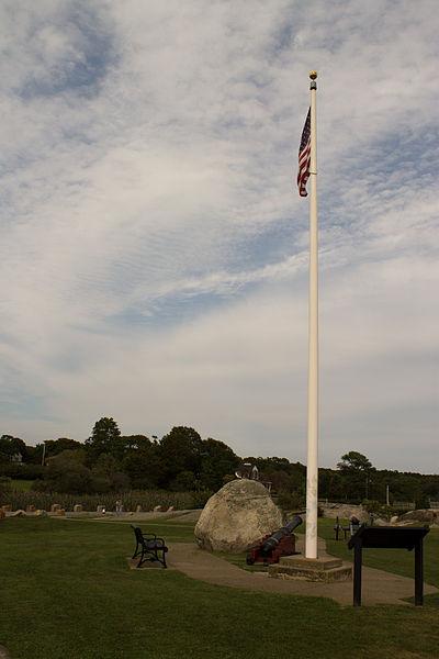 File:Fort Phoenix Flagpole.jpg