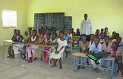 Fortier voa mauritania refugee education 480 nov2011.jpg