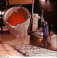 Fotothek df n-16 0000021 Facharbeiter für Gießereitechnik.jpg