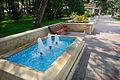 Fountain (9277176940).jpg