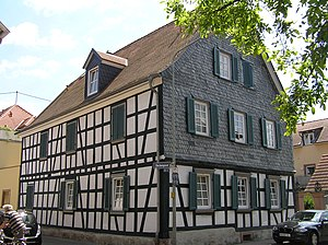 Nieder-Eschbach - Image: Frankfurt Niedereschbach Glockengasse 1