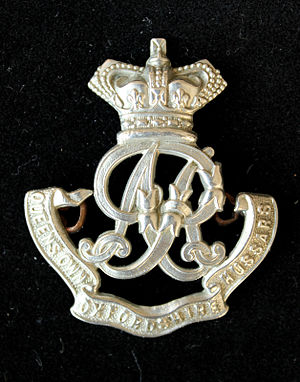 Queen's Own Oxfordshire Hussars - cap badge