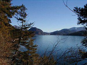 Lake Fuschl - Image: Fuschlsee 4