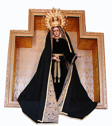 Our Lady of Sorrows by Moreno, hermitage in Warfhuizen, the Netherlands. Gardenenclosed.jpg