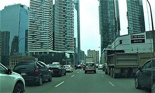 Gardiner Expressway Toronto municipal expressway