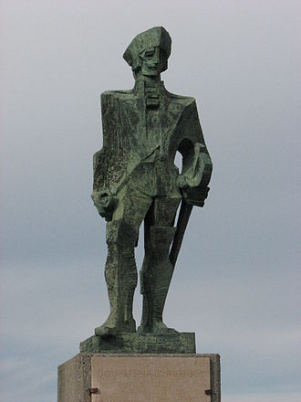 Timeline of the Portolá expedition - Statue of Gaspar de Portolá in Pacifica, California, near the expedition's November 1 camp