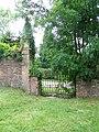 Gates, Trafalgar Park - geograph.org.uk - 871232.jpg