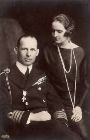 Elisabeth of Romania - Crown Prince George and Crown Princess Elisabeth of Greece, 1921.