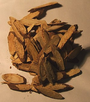 Various liquorice root slivers