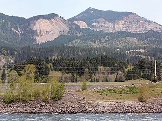 Bridge of the Gods (land bridge) - Greenleaf Peak and the Bonneville landslide from Bonneville Dam