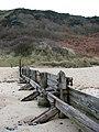 Groyne in the sand - geograph.org.uk - 1119269.jpg