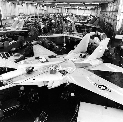 Grumman F-14A production line Calverton 1986 mfr 863853-7 (GHC via RJF) (18355102825)