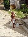 Guaricano-Bambino che va a prendere acqua.JPG