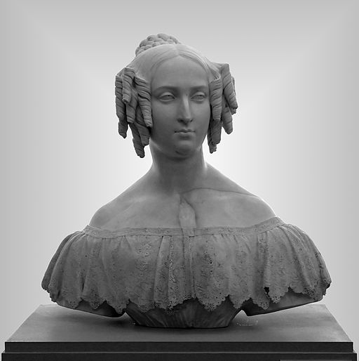 The Belgian Royal Family in Art 512px-Guillaume_Geefs_-_La_reine_Louise-Marie
