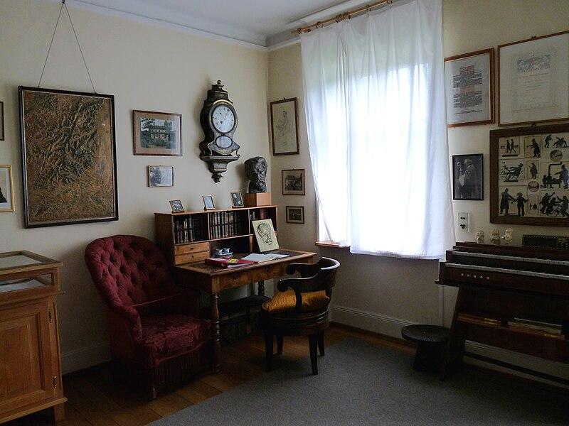 File:Gunsbach-Musée Albert Schweitzer (6).jpg