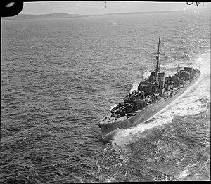 J-, K- and N-class destroyer - Image: HMAS Nepal FL4204