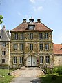 Halle Wasserschloss Tatenhausen Zufahrt.jpg